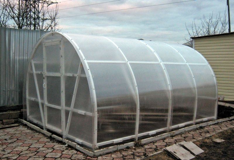 Теплица из сотового поликарбоната «Синьор помидор»
