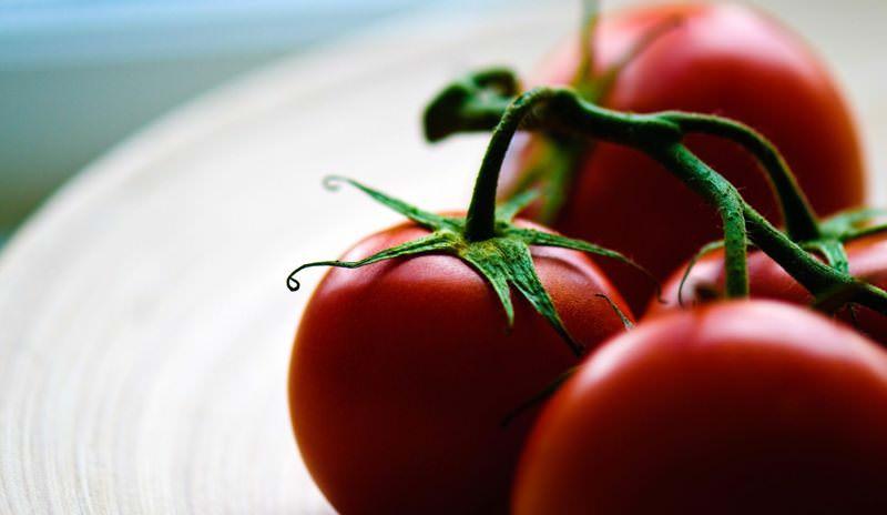 Желтые и красные помидоры: какие ценнее и полезнее