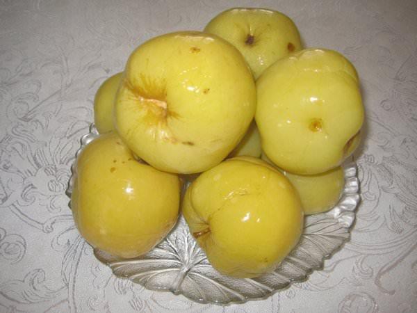 Моченые яблоки: 5 рецептов на зиму