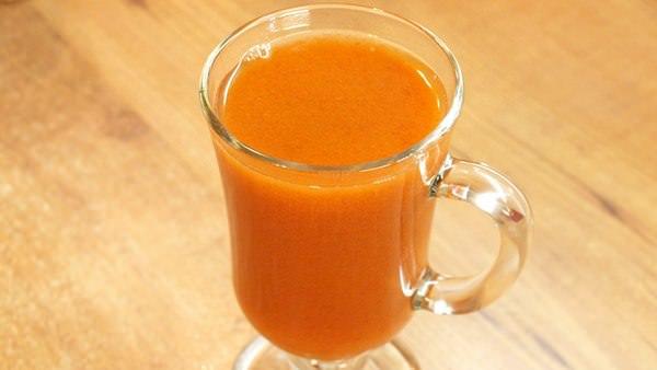 Морковный сок: 6 полезных рецептов