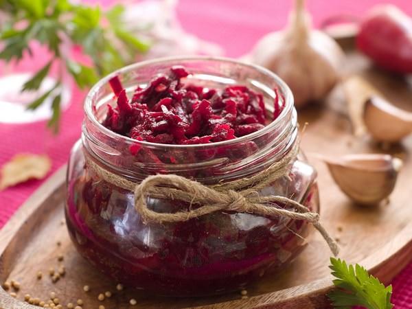Салат из свеклы: ТОП-5 рецептов полезного блюда