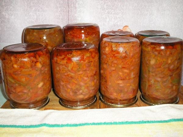 Фасоль в томате на зиму: 5 вкуснейших рецептов