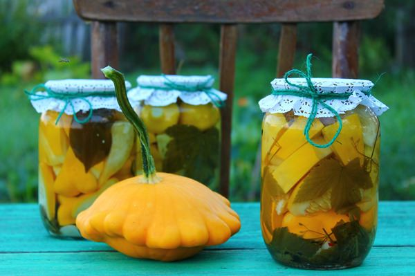 Маринованные патиссоны: 5 простых рецептов